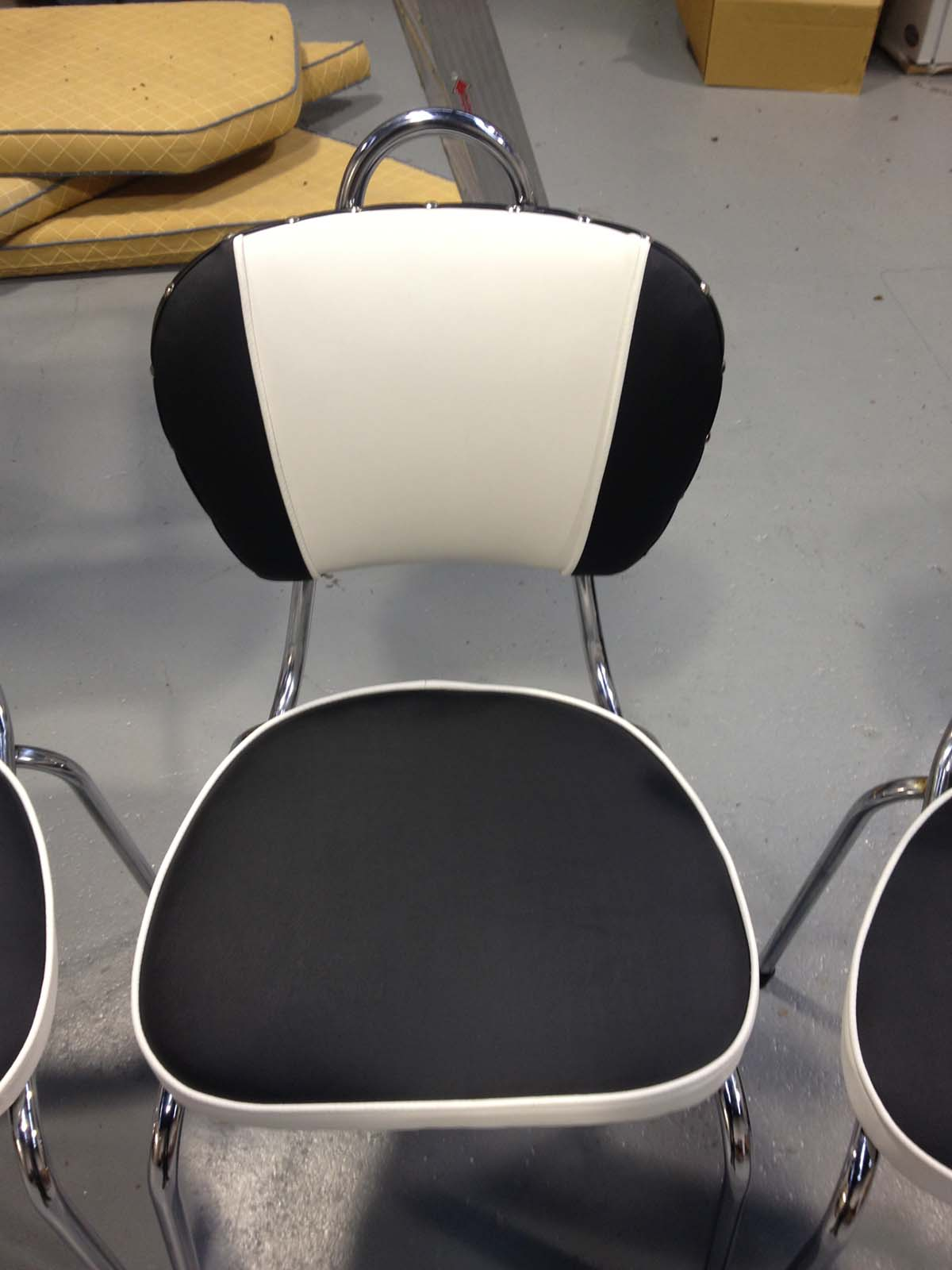Retro Dining Chairs in black and white Vinyl